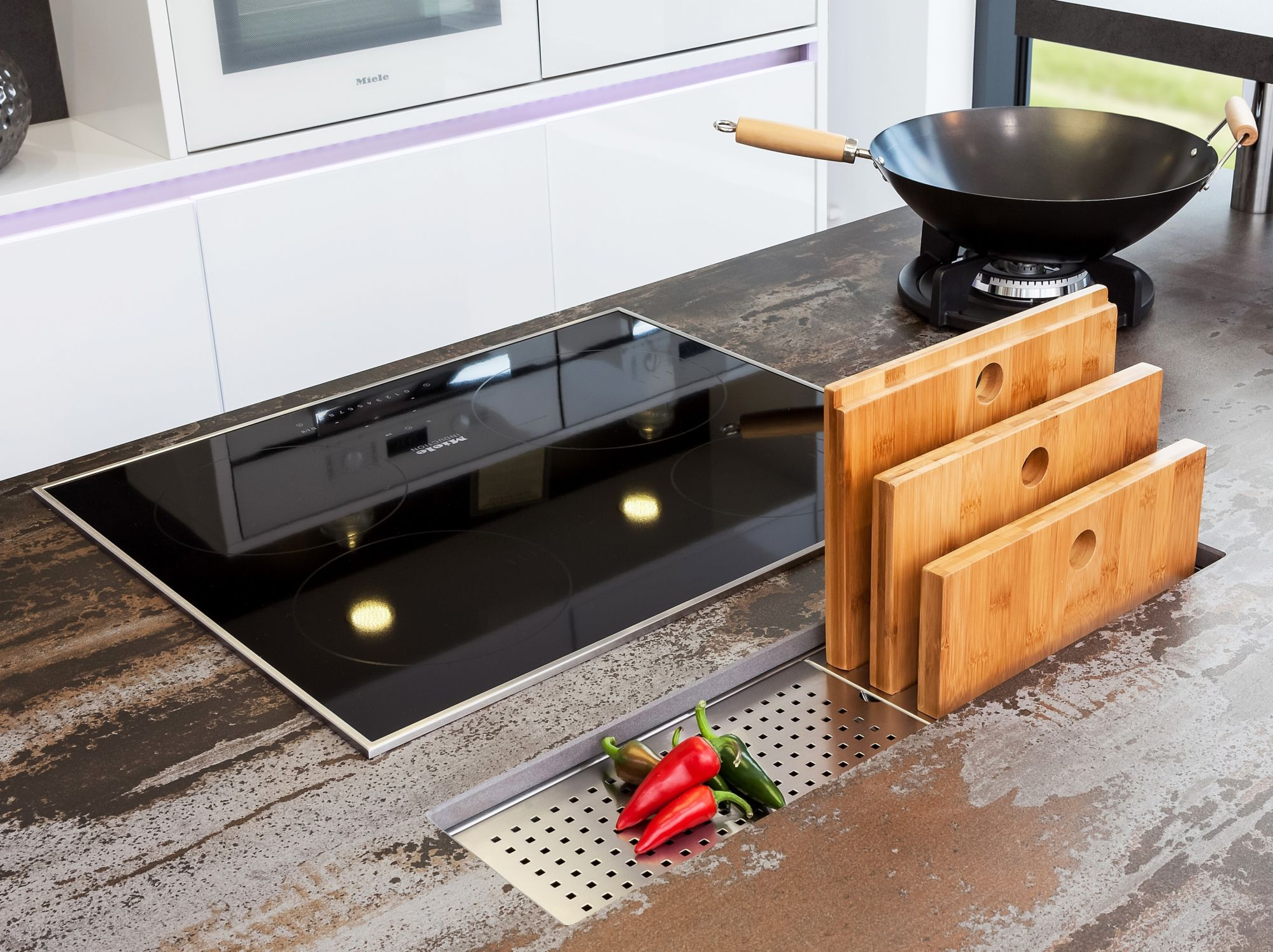 innovative updated kitchen colors | Reginox's Manhattan – The innovative sink accessory for ...