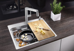 Step by step to being more than a simple sink